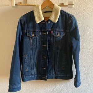 Levi shearling lined denim jacket size:small